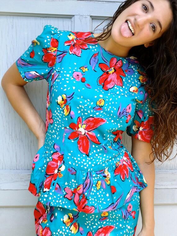 Vintage 80s Floral print dress Hawaii Island Summer dress bright fun blue and red polka dot kawaii vacationSize 6 8 Handmade