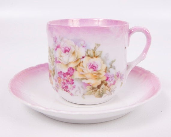 Vintage Pink Rose Leuchtenburg Teacup Germany Floral Design Castle Stamp Scalloped Edge