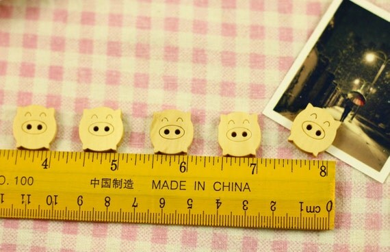 Wooden Bottons Set,Adorable Pig,Pig Shape,Cute,18mm Height-(5 in a set)(FN54)