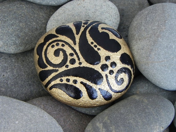 Golden Talisman /Painted Rock / Sandi Pike Foundas/ Cape Cod