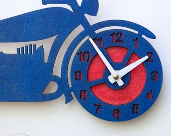 "The ""Brando"" retro motorcycle, a designer wall mounted clock from LeLuni"