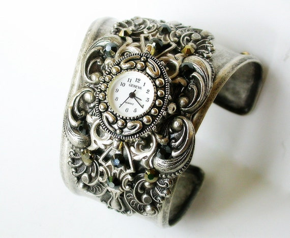 Women's Cuff Watch Cuff Bracelet Watch Victorian Wrist Watch for Women Steampunk Gothic Wrist Watch Gothic Cuff Watches