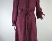 70s Shirtwaist Dress Burgundy Ruffle Front Tiny Print - lg, xl