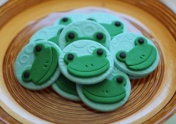 Frog Fondant Cupcake Toppers Cute Frog Fondant Toppers - Perfect for Cupcakes, Cookies, and Other Edible Creations