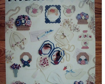Victorian Magnets In Plastic canvas - leisure Arts leaflet 1359