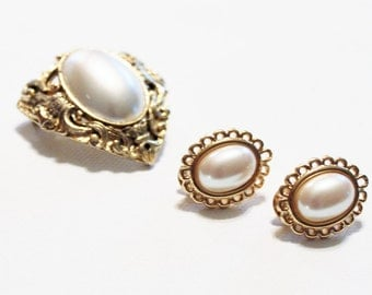 1980s monet earrings and brooch white faux pearl cabachon in goldtone clip ons pin set lot