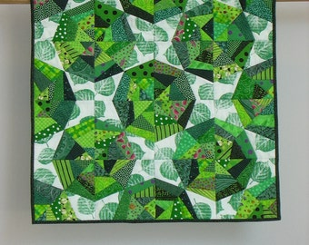 Green Webs wall quilt