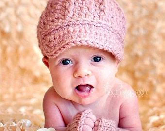 Little Newsgirl Baby Hat, Crochet Newborn Cap with Brim