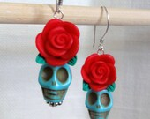 Dia de los Muertos Earrings - Turquoise Skull w/ Red Flower