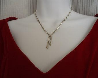 Vintage 1960s Rhinestone Necklace Wedding/Prom Drop Necklace