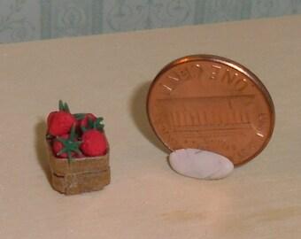 Dollhouse Strawberrys in Paperbasket. Made by Linda Elgenes by Snowflake Miniatures.