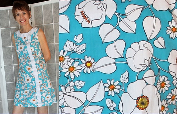 60s 70s Mod / Mini Dress / Shift Dress / Flower Power / by Gilead