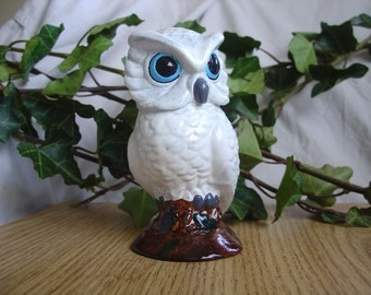 White Owl - Miniature Cement Statue Figurine - Indoor Outdoor Decoration - Desk, Table, Party, Knickknack.