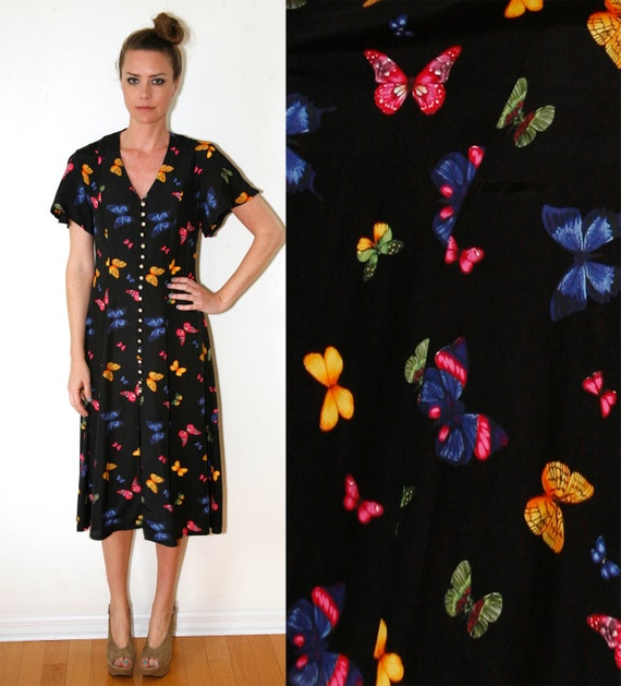 Butterfly Print Dress 90s does 40s Short Sleeve Below the Knee Medium