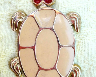 ON SALE** Vintage Retro Gold Tone Turtle Pendant Necklace with Red Eyes