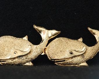 Whale buckle Gold tone Vintage clasp