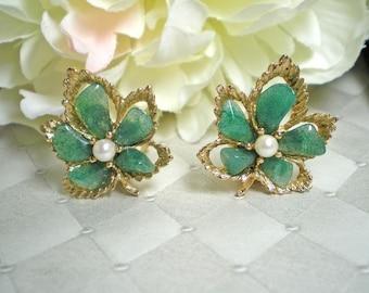 SWOBODA Jade and Pearl Leaf Clip Earrings   Item No: 15377