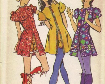 Retro Baby Doll Dress Size 12 Vintage Sewing Pattern Simplicity 9544 Bust 34 Waist 26 Mini Shorts Puff Sleeves Mod Easy to Sew