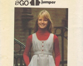 Butterick Sewing Pattern 1970s Girls Dress Pull Over Jumper Easy to Sew Bust 27 Size Small Uncut