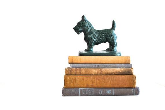 Cast Iron Scottie dog bookend - Forest green 1940s dog sculpture
