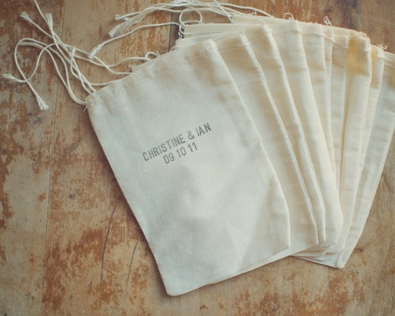 Reserved for Sinead - 110 Muslin Bag for Favors Hand-Stamped with Custom First Names and Date