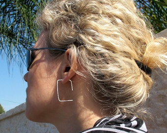Modern Rectangle Hoop Earrings. Sterling Silver Hammered Earrings. Elegant Hoops. Flat Earrings / Minimalist Earrings / Fashion Jewelry