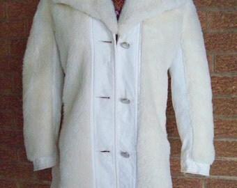 Vintage 80s womens jacket, woman jacket, white faux fur leather, warm winter jacket