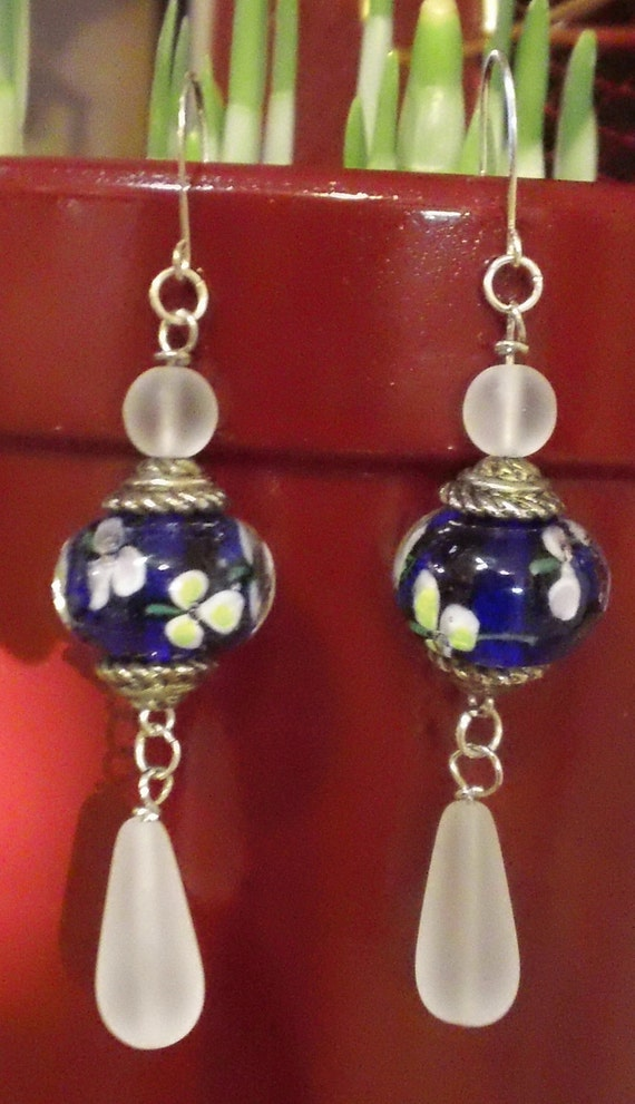 Gorgeous Blue and Frosted Glass Flowers Floral Lampwork Bead Hanging Earrings