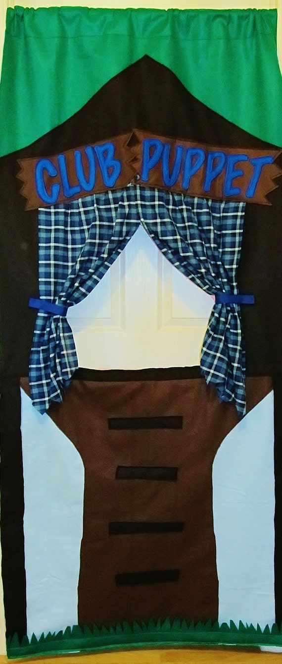Clubhouse Felt Doorway Puppet Theater