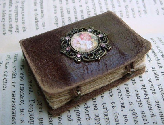 Mini Leather Book - ANTOINETTE - French Vintage Style - Old Leather - Bronze Decor - 5.5x4 cm