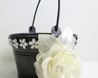 CLEARANCE - Flower Girl Basket - Fall Wedding Flower Girl Basket - Flower Girl Basket Alternative - Tin Basket - Ivory Rose Basket -