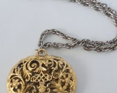 Ornate Heart Locket -- Vintage -- Beautiful