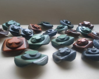 Remarkable 60s XL-L Resin Shank Buttons, coat buttons, Clover Flower design, choose color, green gray rust, wardrobe makeover, Greece