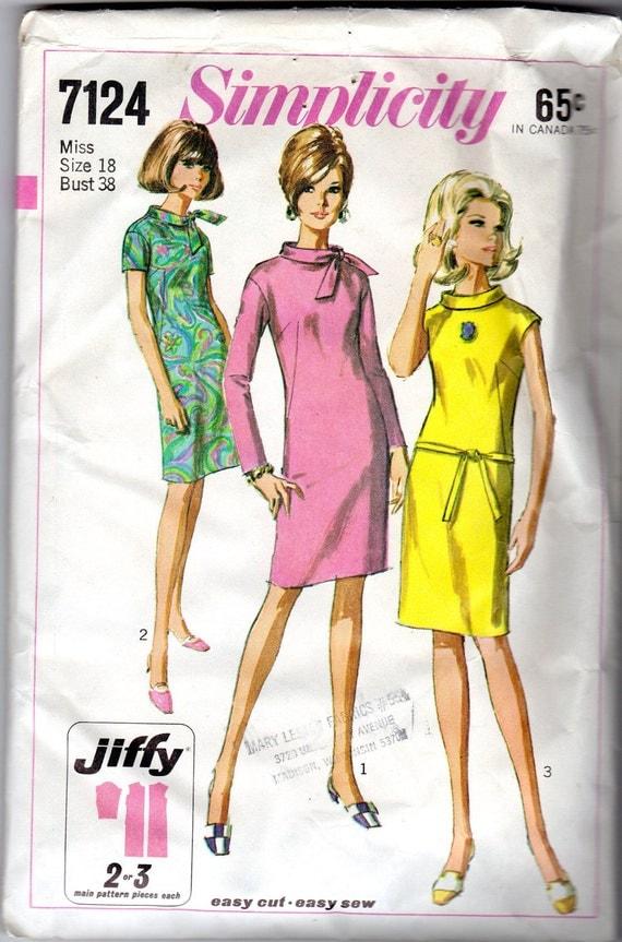 1960s Women's Mod Dress Pattern- Simplicity 7124- Size 18, Bust 38