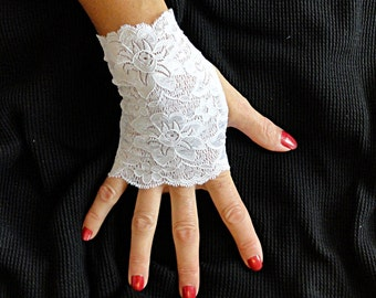 White Lace Gloves  - Short White Gloves - Lace Fingerless Gloves .