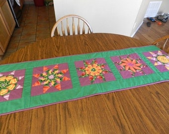 Tulip Stack and Whack quilted Table Runner