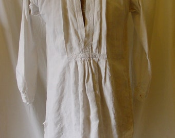 Antique French Men's Nightshirt, Lightly Used, Linen and Cotton, Pleated Front, c. 1910s, Short Size 38