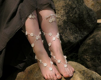 Barfeoot Sandals, Crochet, White Nude Shoes, Beach Wedding, Foot Jewelry, Hippie Gypsy, Anklets, Lace up Barefoot Sandles, Made to Order