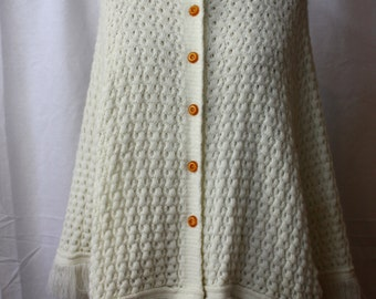 Cream Knit Cape, vintage 1970s, size S-M (2-12)