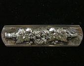 Silver Wine Grape Theme Bar Pin