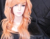 Princess Peach / Honey Strawberry Peach Blonde / Long Curly Layered Wig