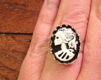 lolita day of the dead skull cameo ring 10mm
