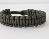 Olive Drab  Cobra-Weave ParaCord Bracelet with Utility Style Closure (U-01)