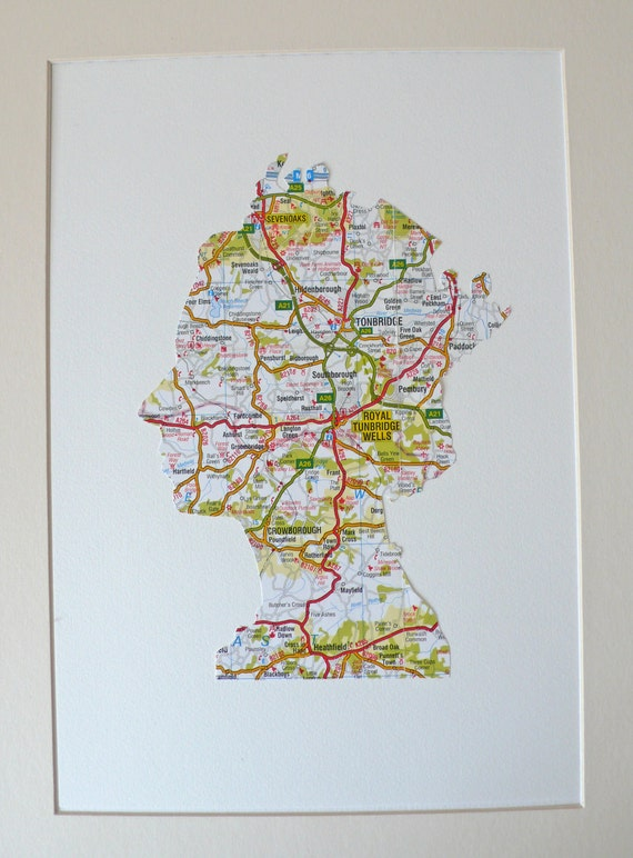 Her Royal Highness Queen Elizabeth - Made in Britian from a vintage map of London