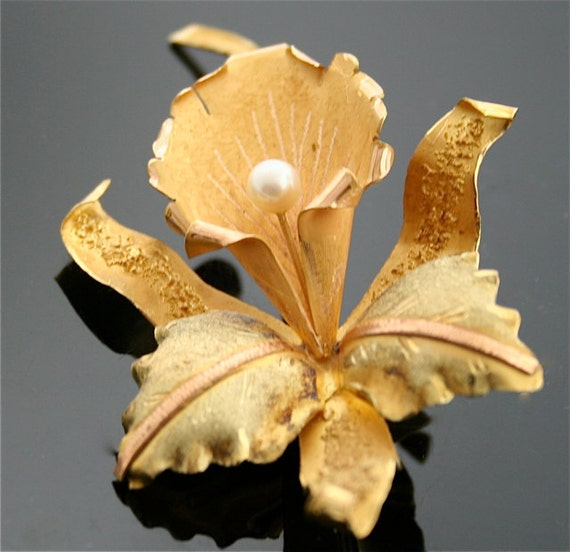 Antique Orchid Pin - 18k Gold Flower Pin with Pearl