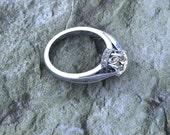 Diamond Solitare Halo Crown 14K White Gold Milgrain