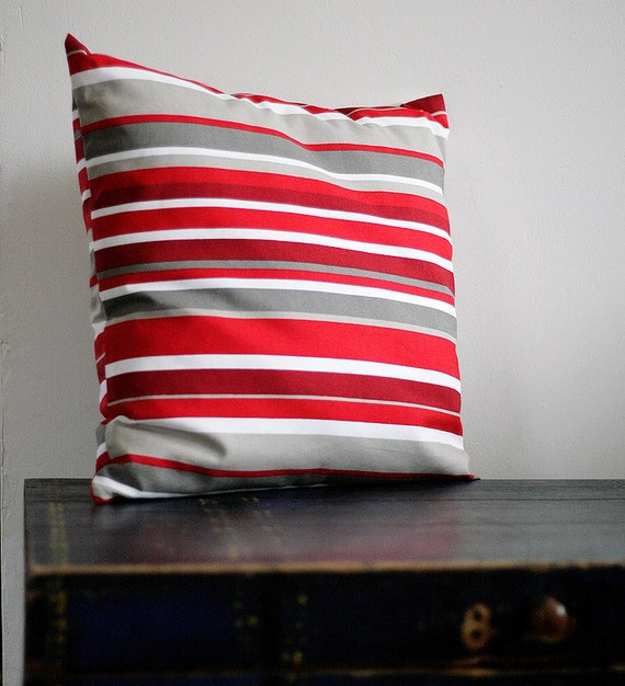 Throw Pillows Girly : Unavailable Listing on Etsy