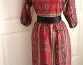 "Vintage 70s paisley dress/ oriental print/ ethnic hippie dress/ psychedelic/ ""It's a Lehigh"""