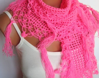 2015 trends pink scarves, hand knit, women scarves. Personalized Design. Latest Fashion. scarf, neckwarmer, scarflette...