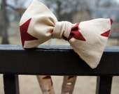 "Cream and Red Starred Adjustable Button Bow Tie Sizes 14.5""-17.5"""